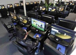 how to start an internet cafe business in India